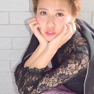 ミディアム 外国人風 簡単ヘアアレンジ 波ウェーブ ヘアスタイルや髪型の写真・画像