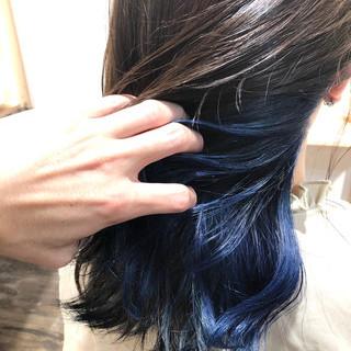 ストリート ブルー セミロング ネイビーブルー ヘアスタイルや髪型の写真・画像