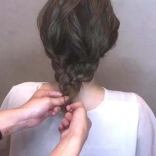 簡単ヘアアレンジ フェミニン ミディアム 結婚式 ヘアスタイルや髪型の写真・画像