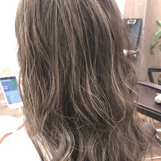 ハイライト 外国人風カラー ナチュラル デート ヘアスタイルや髪型の写真・画像