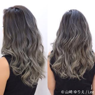 ハイライト ロング 暗髪 グラデーションカラー ヘアスタイルや髪型の写真・画像
