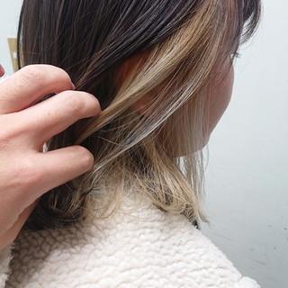 ブリーチオンカラー 切りっぱなしボブ 透明感 インナーカラー ヘアスタイルや髪型の写真・画像