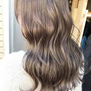 透明感 グレージュ ロング ブルージュ ヘアスタイルや髪型の写真・画像