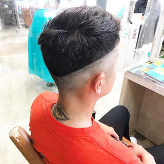 メンズヘア フェードカット スキンフェード ショート ヘアスタイルや髪型の写真・画像