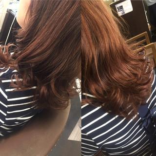 フェミニン ゆるふわ セミロング イルミナカラー ヘアスタイルや髪型の写真・画像