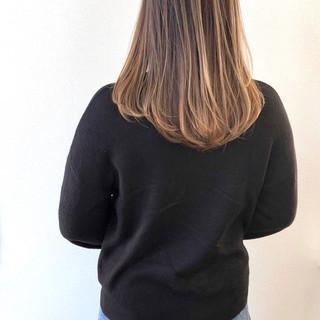 エレガント バレイヤージュ コントラストハイライト セミロング ヘアスタイルや髪型の写真・画像