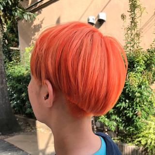 グラデーションカラー ショート グレージュ ストリート ヘアスタイルや髪型の写真・画像