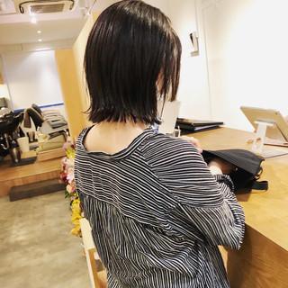 ミニボブ ナチュラル 黒髪 アッシュ ヘアスタイルや髪型の写真・画像