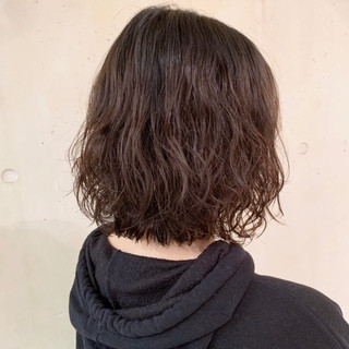ゆるふわパーマ パーマ ナチュラル  ヘアスタイルや髪型の写真・画像