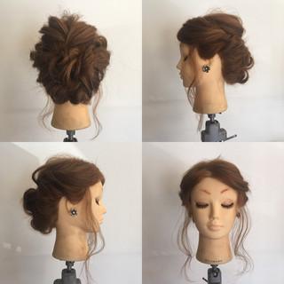 フェミニン 結婚式 ロープ編み セミロング ヘアスタイルや髪型の写真・画像