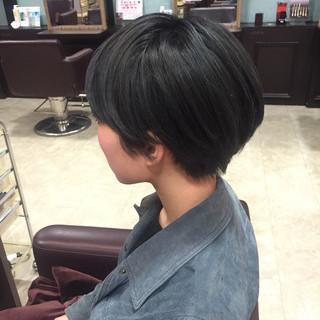 ブルー アッシュ 暗髪 ショート ヘアスタイルや髪型の写真・画像