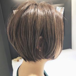 ナチュラル アウトドア ショート 簡単ヘアアレンジ ヘアスタイルや髪型の写真・画像