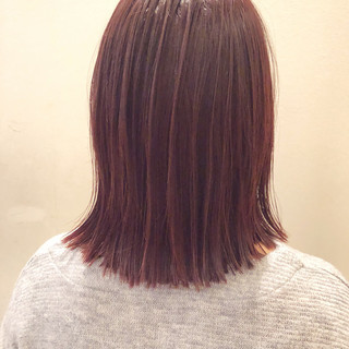 ベリーピンク ショート ボブ ストリート ヘアスタイルや髪型の写真・画像
