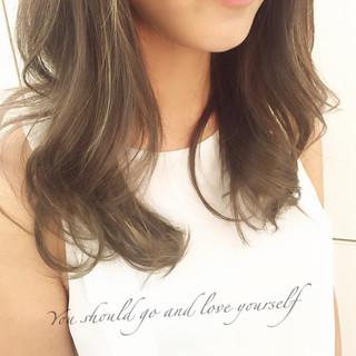 大人かわいい グラデーションカラー ハイライト ブラウン ヘアスタイルや髪型の写真・画像