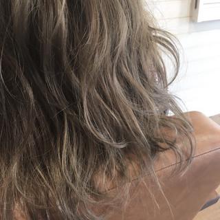 ガーリー ロング 外国人風カラー 透明感 ヘアスタイルや髪型の写真・画像