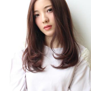 ロング 透明感 艶髪 ナチュラル ヘアスタイルや髪型の写真・画像