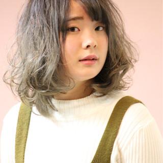 グラデーションカラー ストリート ミディアム 外国人風 ヘアスタイルや髪型の写真・画像