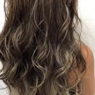 エレガント 大人かわいい ウェーブ 外国人風 ヘアスタイルや髪型の写真・画像