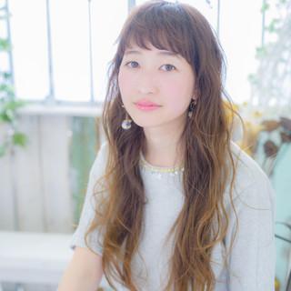 アッシュ パーマ ピュア 外国人風 ヘアスタイルや髪型の写真・画像