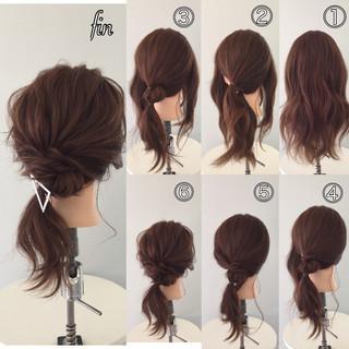 ヘアアクセ ローポニーテール 大人女子 簡単ヘアアレンジ ヘアスタイルや髪型の写真・画像