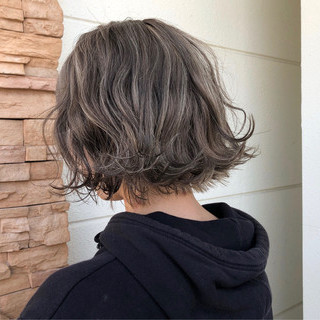 ストリート ハイライト ショートヘア ボブ ヘアスタイルや髪型の写真・画像
