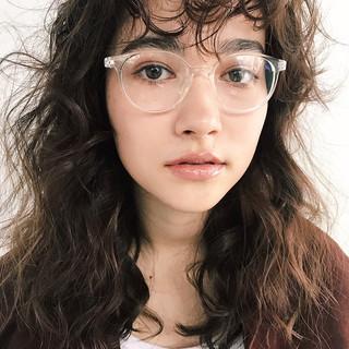 ナチュラル 簡単ヘアアレンジ パーマ アンニュイほつれヘア ヘアスタイルや髪型の写真・画像