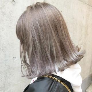 ラベンダー ミディアム グラデーションカラー ストリート ヘアスタイルや髪型の写真・画像