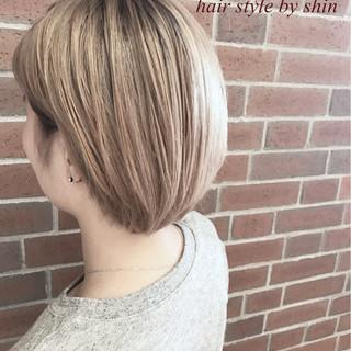 大人かわいい 女子会 ショート アウトドア ヘアスタイルや髪型の写真・画像