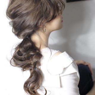 結婚式 アッシュベージュ ロング ヘアアレンジ ヘアスタイルや髪型の写真・画像