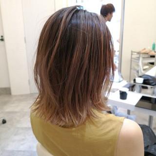 ストリート ハイライト 大人女子 ブリーチ ヘアスタイルや髪型の写真・画像