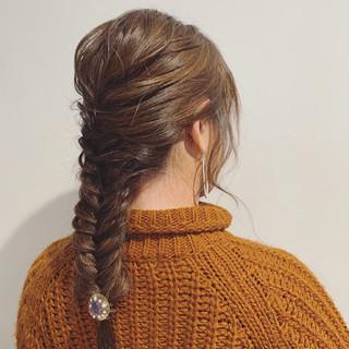 セミロング 結婚式ヘアアレンジ 簡単ヘアアレンジ ヘアアレンジ ヘアスタイルや髪型の写真・画像
