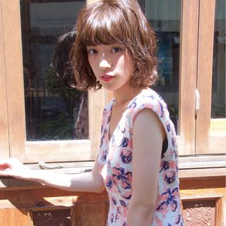 色気 ボブ くせ毛風 ストリート ヘアスタイルや髪型の写真・画像