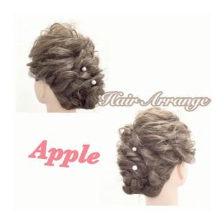 フェミニン 大人かわいい セミロング ヘアアレンジ ヘアスタイルや髪型の写真・画像