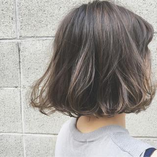 大人かわいい 外国人風 ボブ ストリート ヘアスタイルや髪型の写真・画像