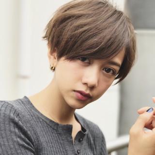 外国人風カラー 小顔 ナチュラル 似合わせ ヘアスタイルや髪型の写真・画像