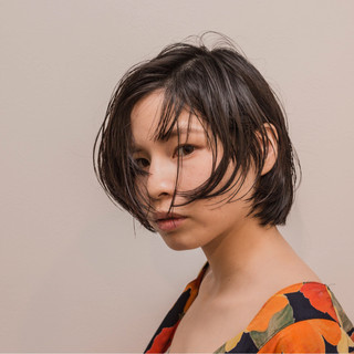 ナチュラル アンニュイ ヘアアレンジ 梅雨 ヘアスタイルや髪型の写真・画像