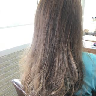 ラベンダーアッシュ ガーリー グラデーションカラー ゆるふわ ヘアスタイルや髪型の写真・画像