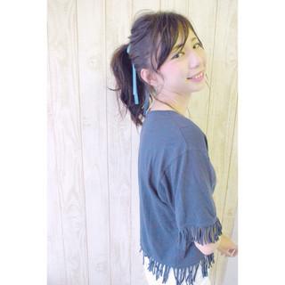 セミロング ウェットヘア ヘアアレンジ ナチュラル ヘアスタイルや髪型の写真・画像