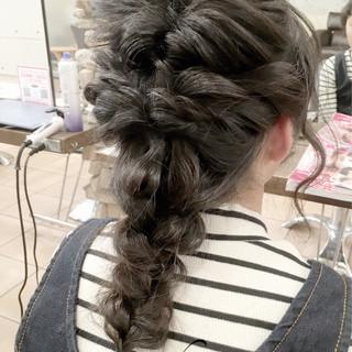成人式 ミディアム ゆるふわ 簡単ヘアアレンジ ヘアスタイルや髪型の写真・画像
