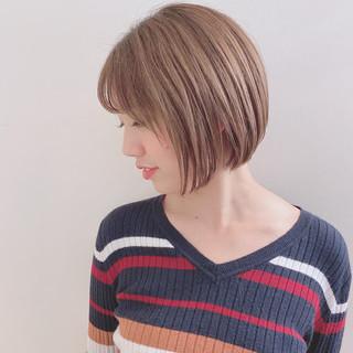 フェミニン ミニボブ 切りっぱなしボブ ベリーショート ヘアスタイルや髪型の写真・画像