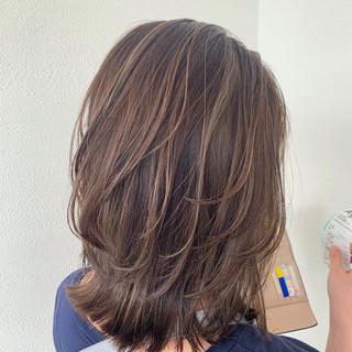 ハイライト ナチュラル 切りっぱなしボブ 外国人風 ヘアスタイルや髪型の写真・画像