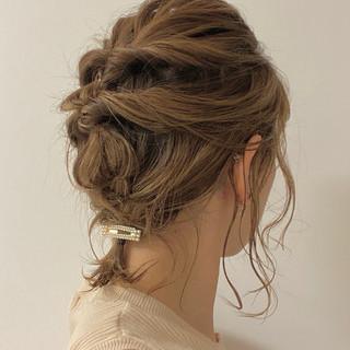編み込みヘア ヘアアレンジ 簡単ヘアアレンジ 編み込み ヘアスタイルや髪型の写真・画像
