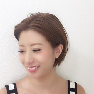 かき上げ前髪 大人かわいい ショート ナチュラル ヘアスタイルや髪型の写真・画像