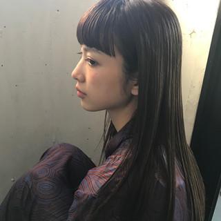 デート アッシュ 前髪あり 透明感 ヘアスタイルや髪型の写真・画像