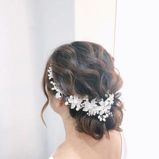 シニヨン アップスタイル 結婚式 結婚式ヘアアレンジ ヘアスタイルや髪型の写真・画像
