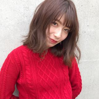 アンニュイほつれヘア ゆるふわ デート ミディアム ヘアスタイルや髪型の写真・画像