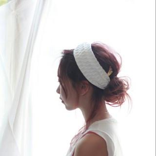 外国人風 ヘアアレンジ 簡単ヘアアレンジ セミロング ヘアスタイルや髪型の写真・画像