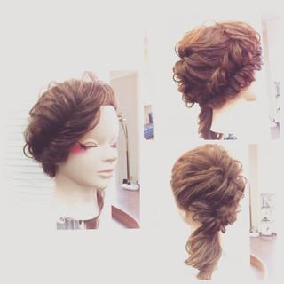 ロング 大人かわいい フィッシュボーン くるりんぱ ヘアスタイルや髪型の写真・画像