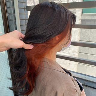 イヤリングカラー ブリーチ インナーカラー ブリーチカラー ヘアスタイルや髪型の写真・画像