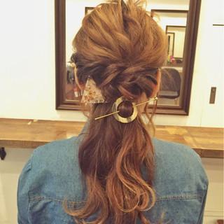 オフィス ヘアアレンジ ナチュラル デート ヘアスタイルや髪型の写真・画像